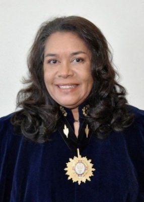 Foto Regina Gimmaraes Academia Brasileira de Belas Artes 286x400 - História