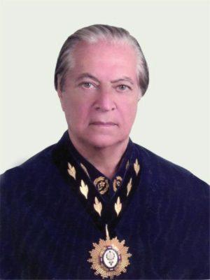 foto djalma Academia Brasileira de Belas Artes 300x400 - História
